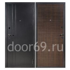 стандартные металлические двери в типовой дверной проем в Твери фотография