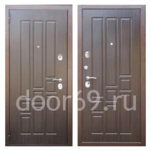 Двери для коттеджа изображение